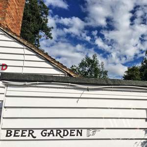 The Woodland Wife 10 signs of Autumn - Pub Beer Garden