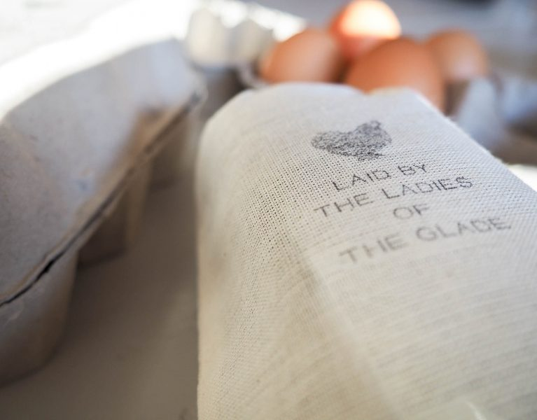 The Woodland Wife - Chicken Egg Box Stamp, Fraser & Parsley
