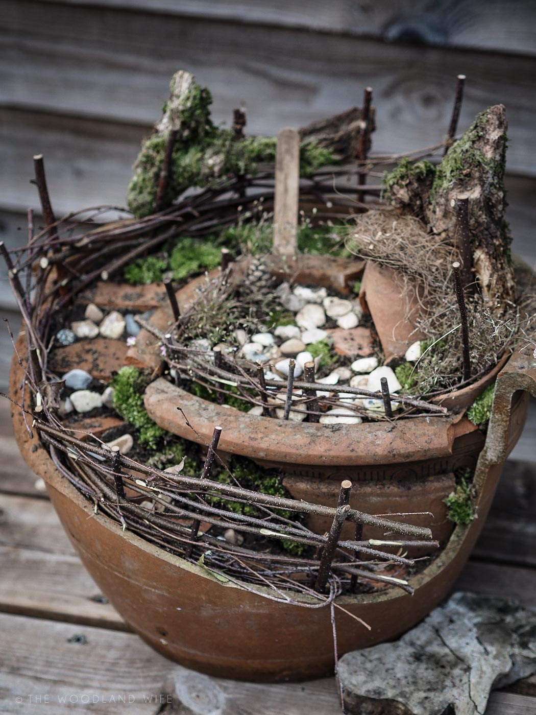 The Woodland Wife - How to Make Broken Pot Fairy Garden