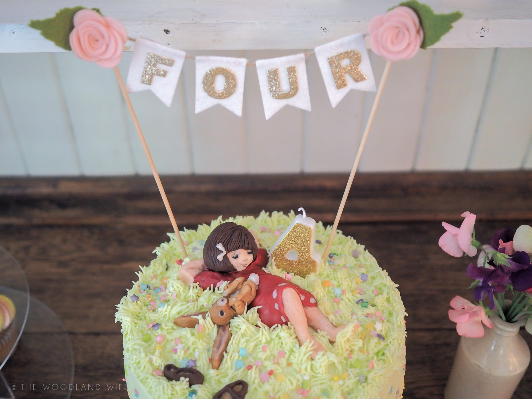The Woodland Wife - Woodland Explorer Birthday Party - Belle and Boo Birthday Cake - Rainbow Cake - Ombre Cake - Pastel Cake