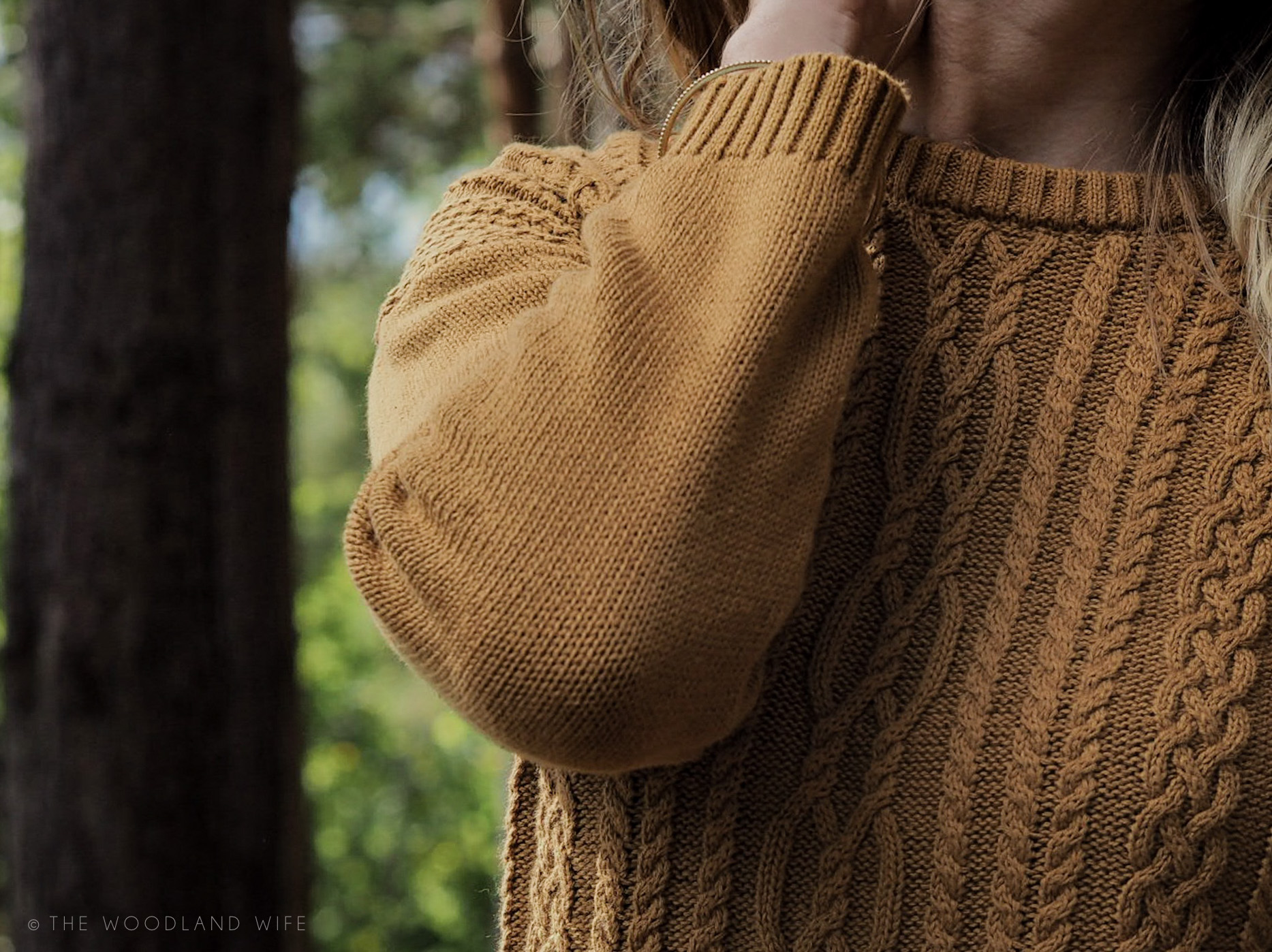The Woodland Wife - Thought Clothing - Ethical - AW17 - Mustard Cable Knit Jumper and Jeans-The Season of Change